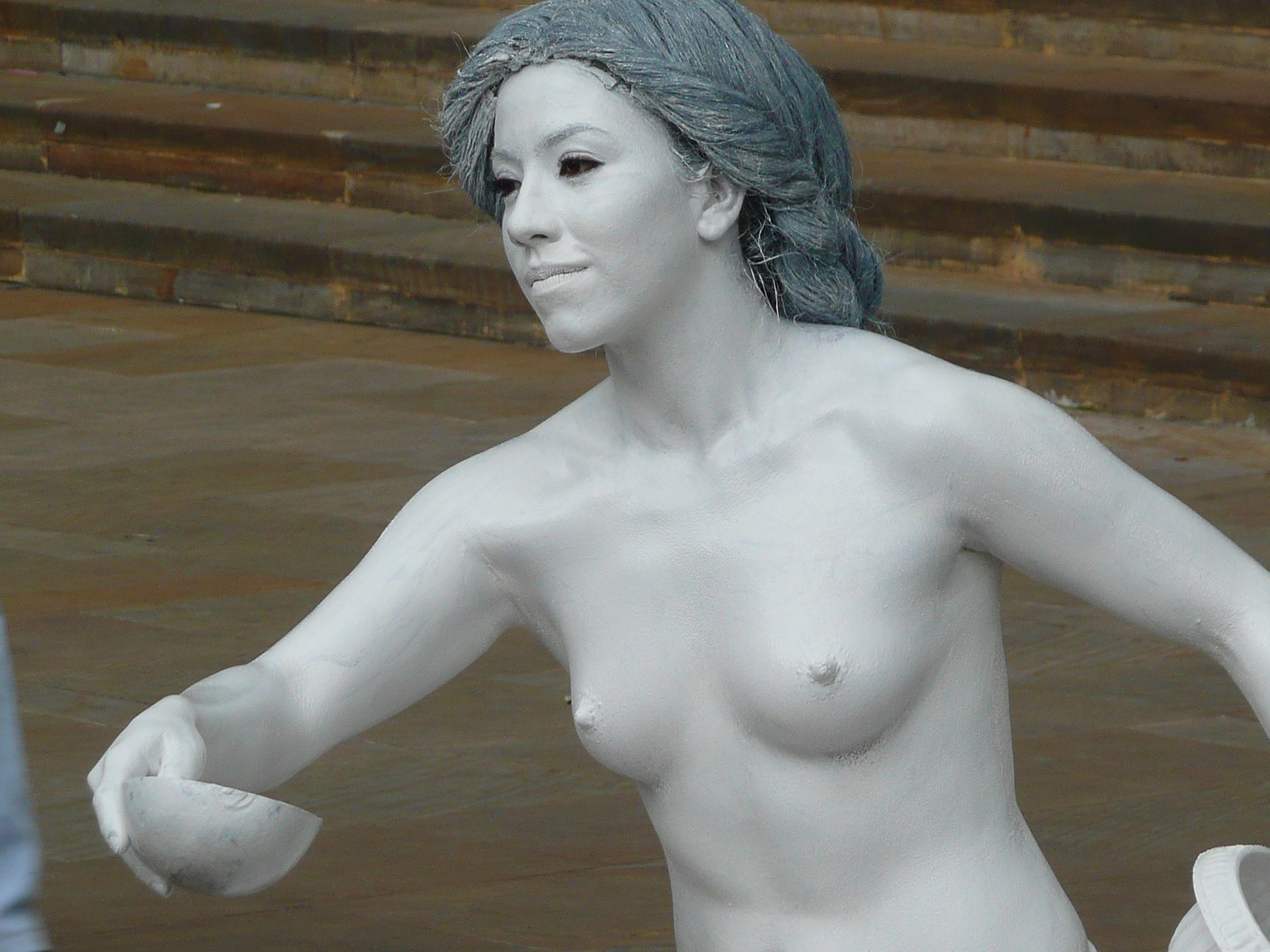 Topless living statue 2